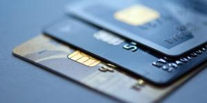 platba kartou a kterou