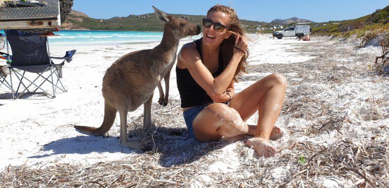 Setkání s klokany, Lucky Bay, Esperance