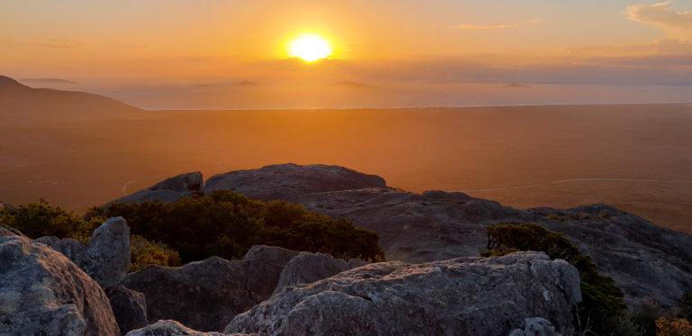 Západ slunce na vrcholu Frenchman Peak