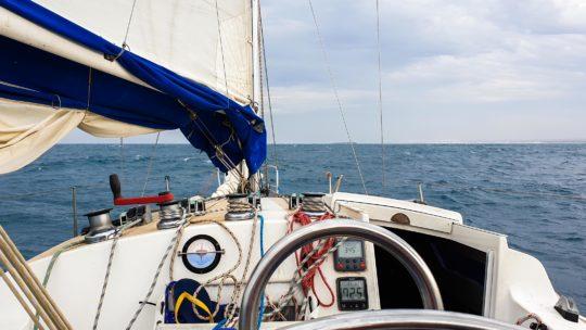 Utržená kotva: Plachetnicí Indickým oceánem  –  díl 4.