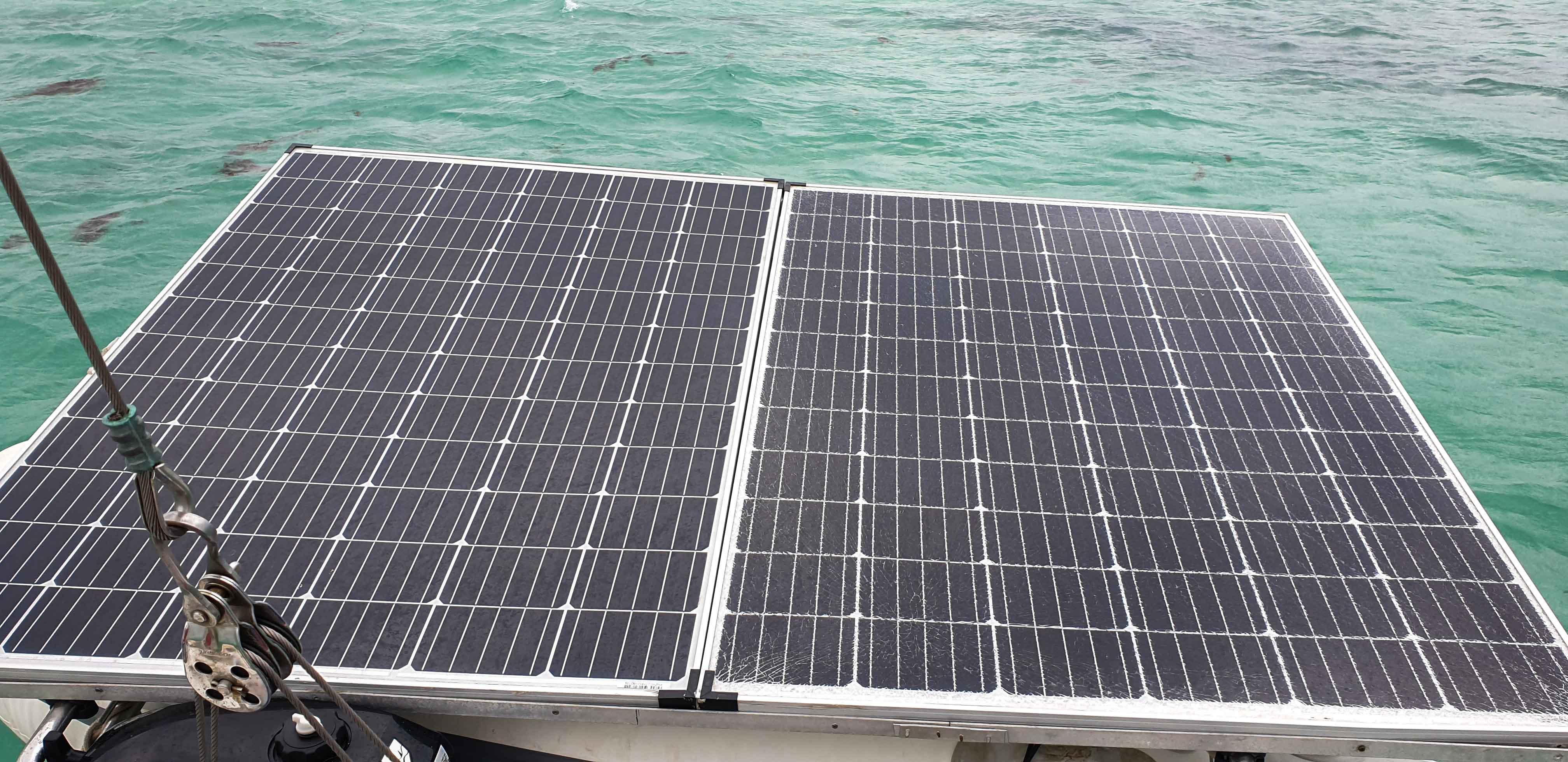 solární panely plachetnice