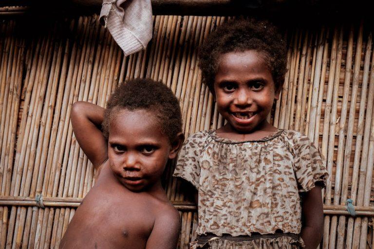 Děti z ostrova Tanna, Vanuatu, Melanésie, fotograf Lenka Martincová
